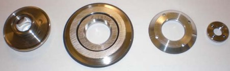 Flange for hubless dicing blades